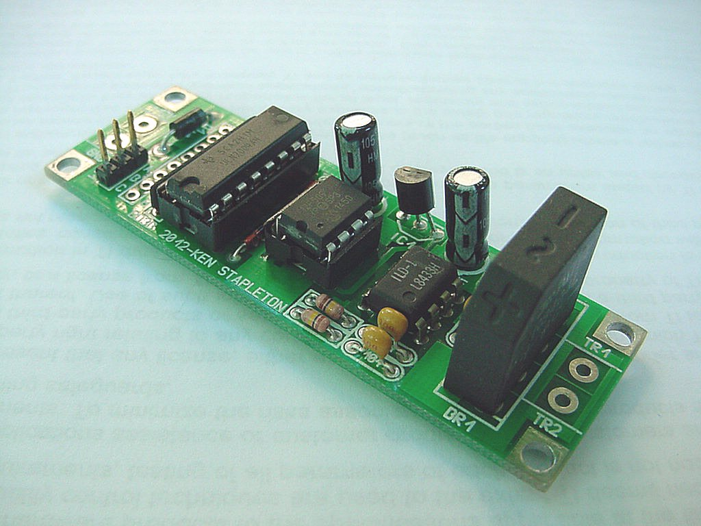 Block Occupancy Detector Linear Opto Isolator Circuits Note This Circuit Has Not Been Designed For Dcc Systems However The Non Directional Indications And Level Crossing Flashers Will Work With